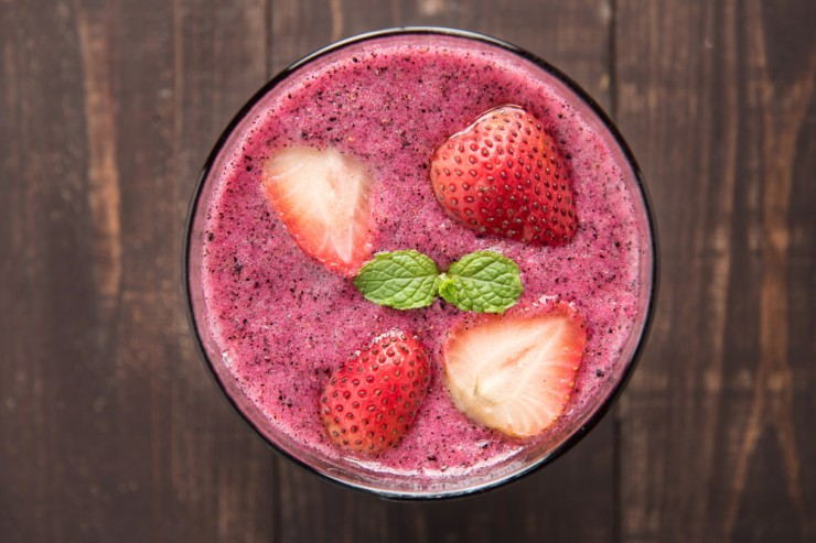 Watermelon-Peach-and-Strawberry-Smoothie